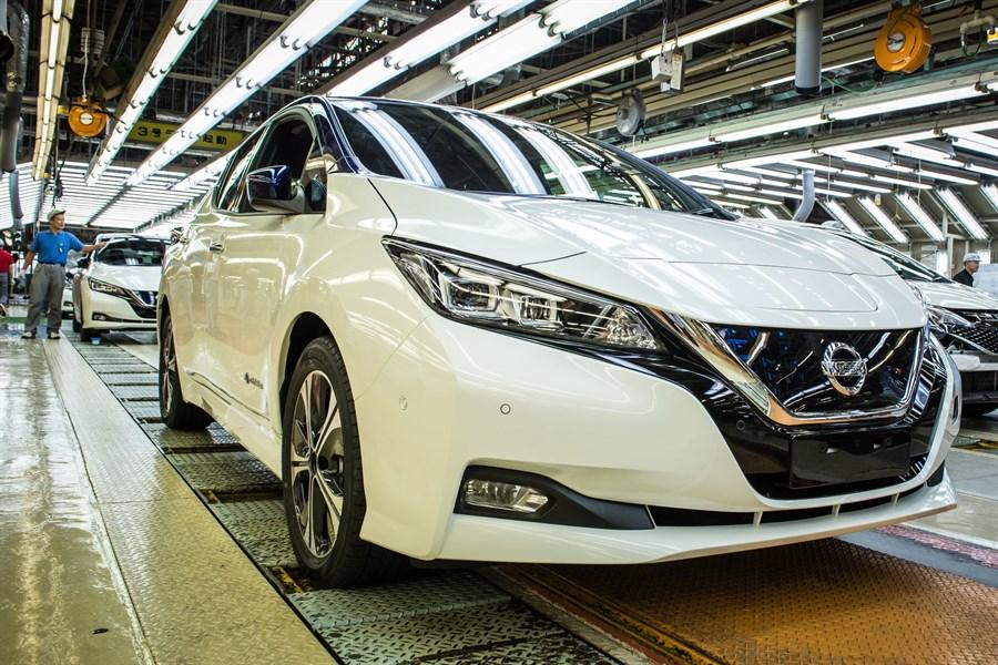 Nye Nissan LEAF lansert i Europa:hever listen for masseproduserte elbiler