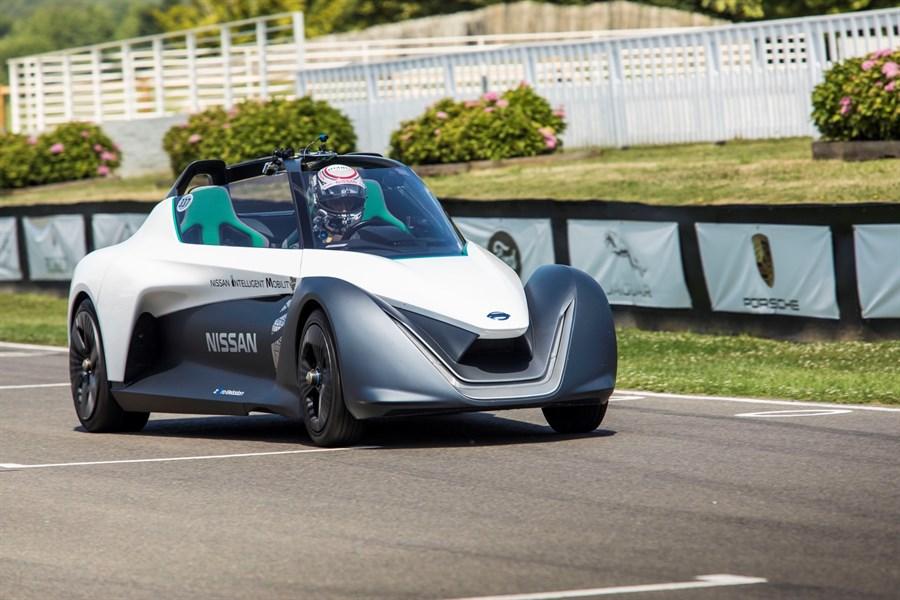 Nissan tähistab BladeGlideriga Goodwoodi kiiruse festivalil 70 aasta möödumist elektriautode tootmise algusest
