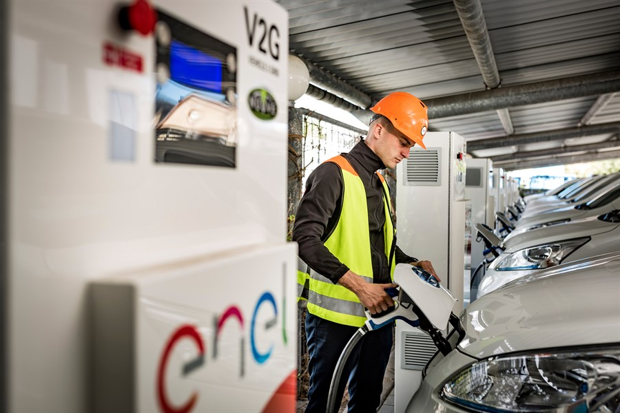 NISSAN, ENEL AND NUVVE OPERATE WORLD'S FIRST FULLY COMMERCIAL VEHICLE-TO-GRID HUB IN DENMARK
