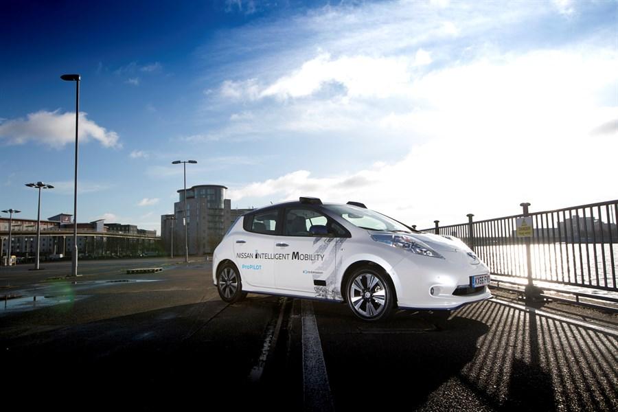 Nissan genomför tester av självkörande bilar på europeiska vägar