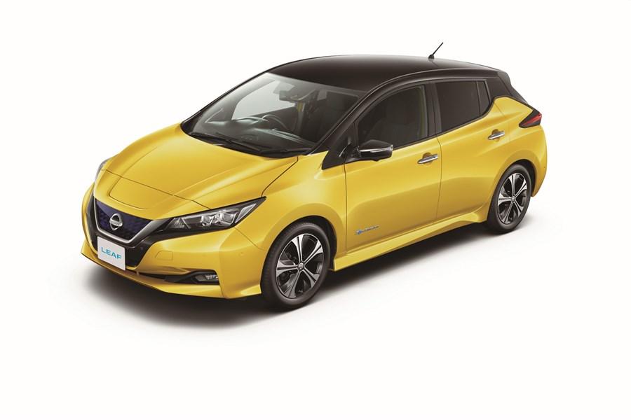 """""""Nissan"""" pristato revoliucines elektromobilių inovacijas ir technologijas naujajame """"Nissan"""" """"LEAF"""": pažangiausias elektromobilis masėms"""