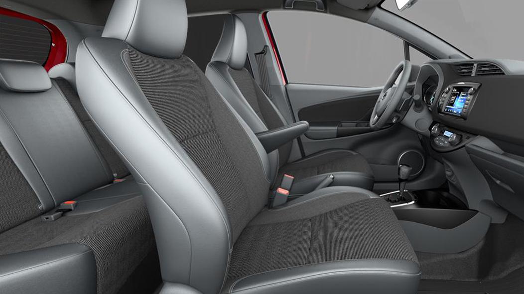 Черная ткань, черные подушки сидений с кожаными вставками / Alcantara® и серой декоративной строчкой (FG21)