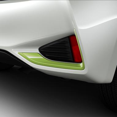 Pakiruumi ehis tagaosa alumises servas – Green Pantone 381C
