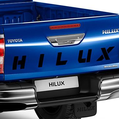 "Kleebis kirjaga ""Hilux"""